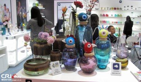 Шанхайн импортын экспод тавигдсан бараа бүтээгдэхүүнүүд